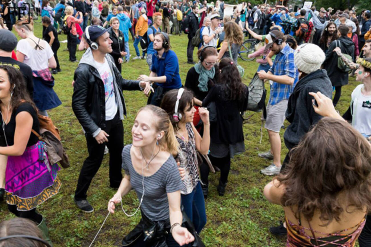 Silent_disco_dance_party_in_toronto_this_month on Latest Writing Contests 2015