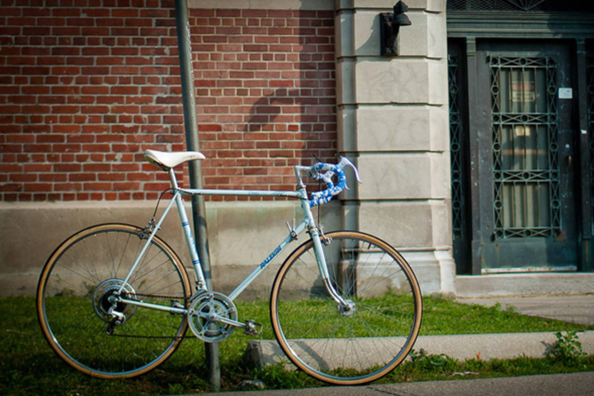 illegal bike parking Toronto