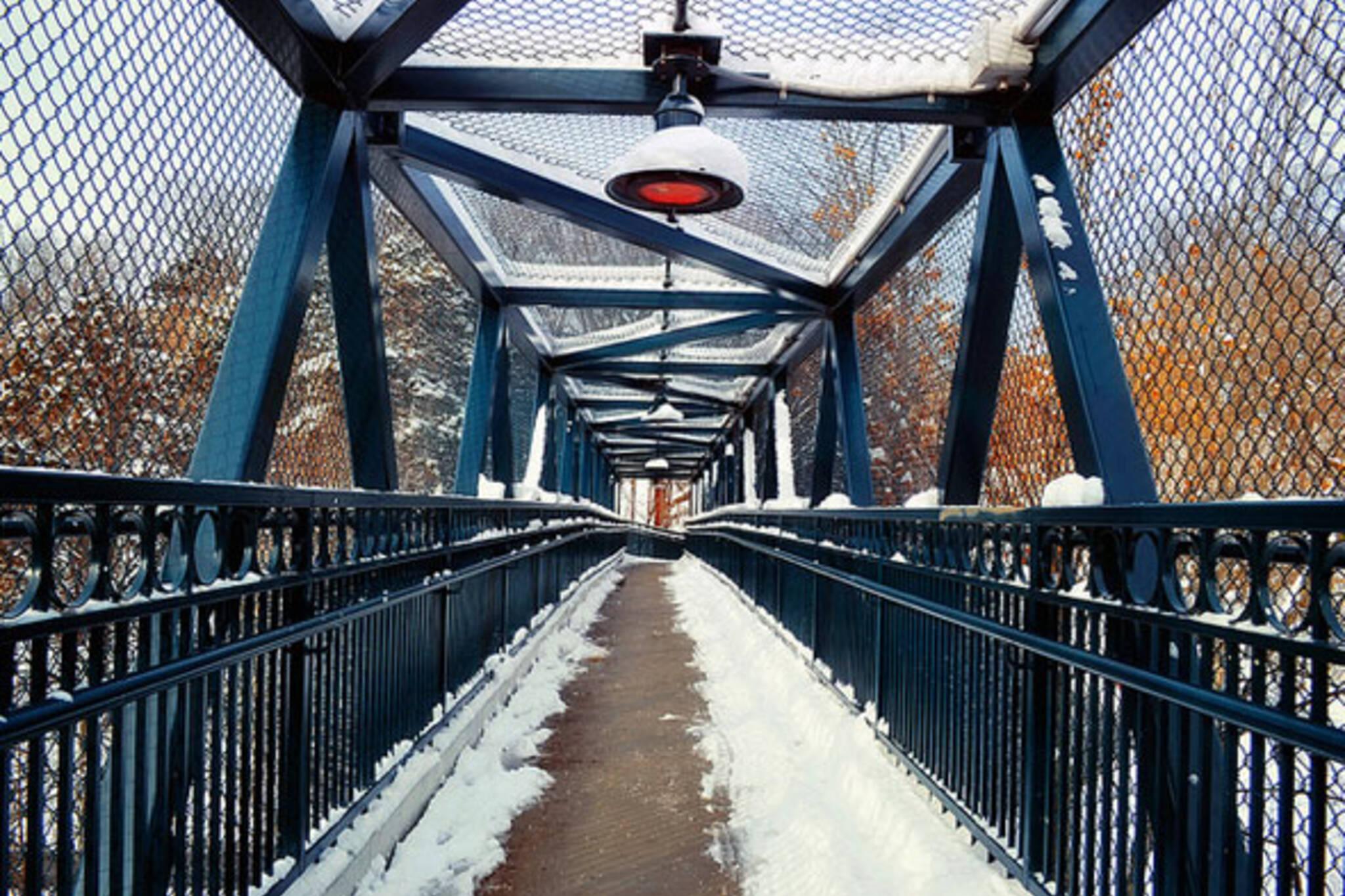 toronto foot bridge