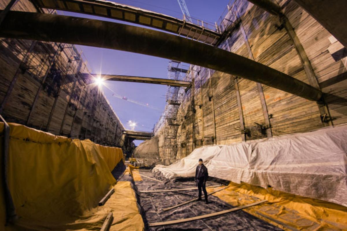 toronto subway trench