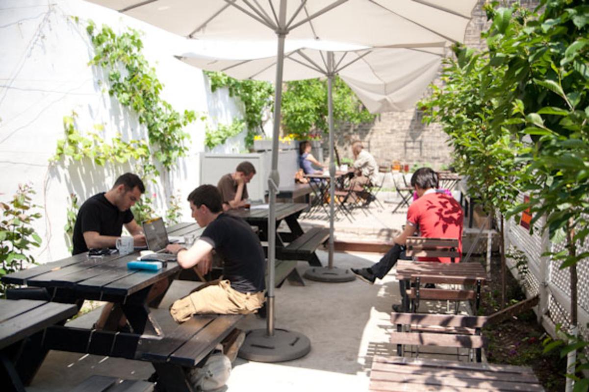 cafe patio toronto