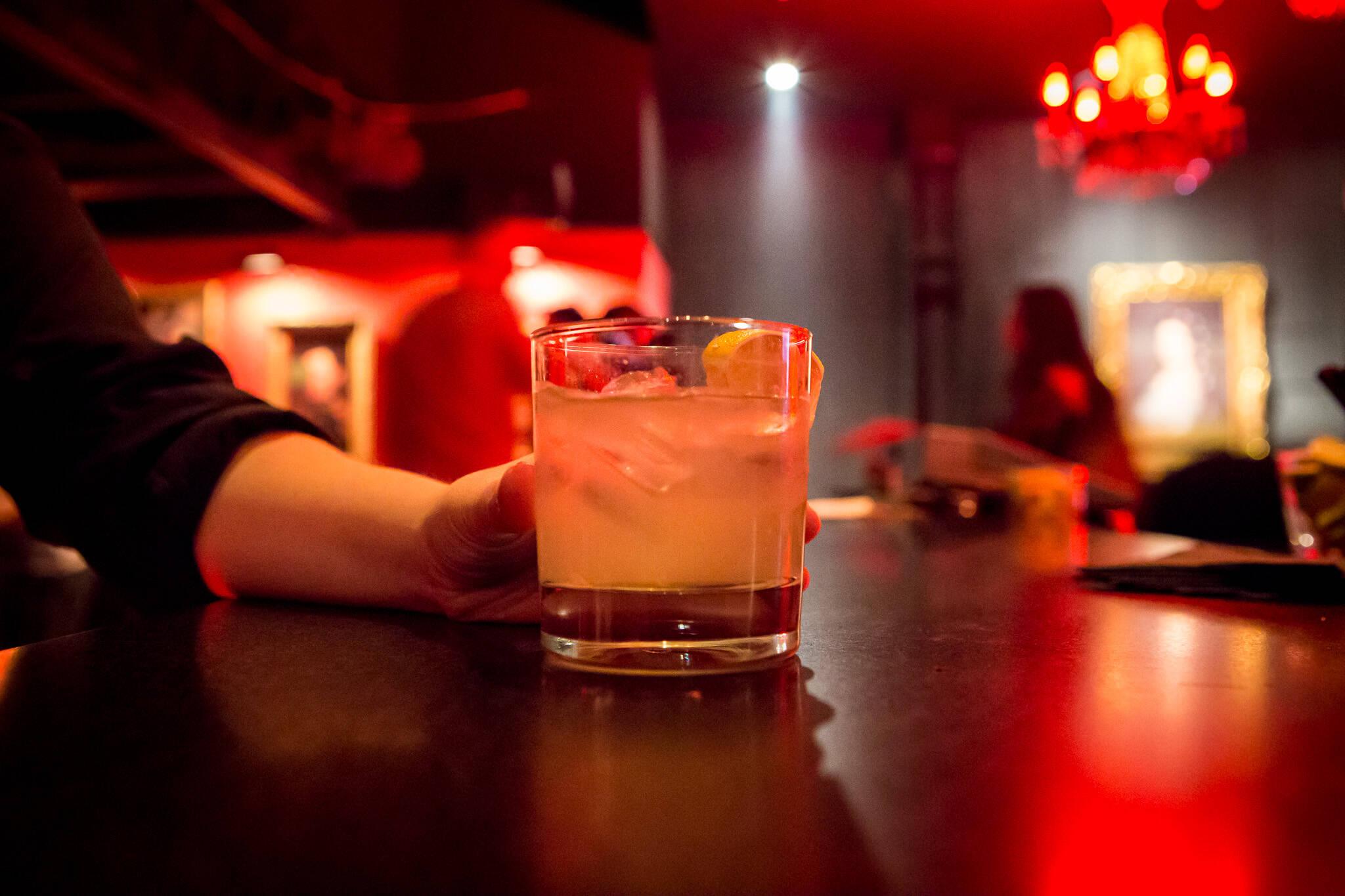 bars open late toronto