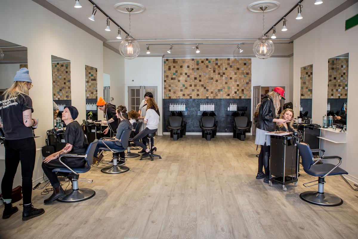 hair salons toronto