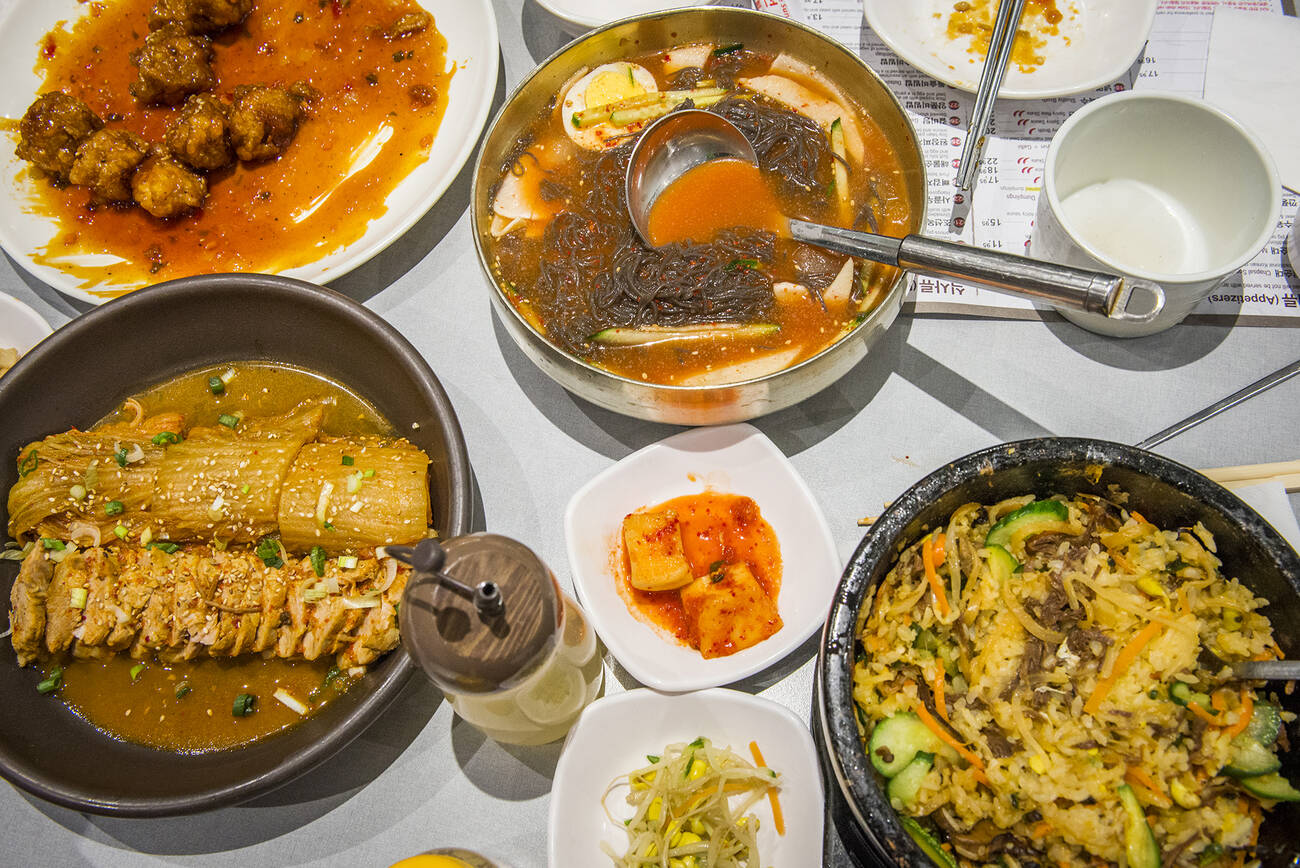 the best korean restaurants in toronto. Black Bedroom Furniture Sets. Home Design Ideas