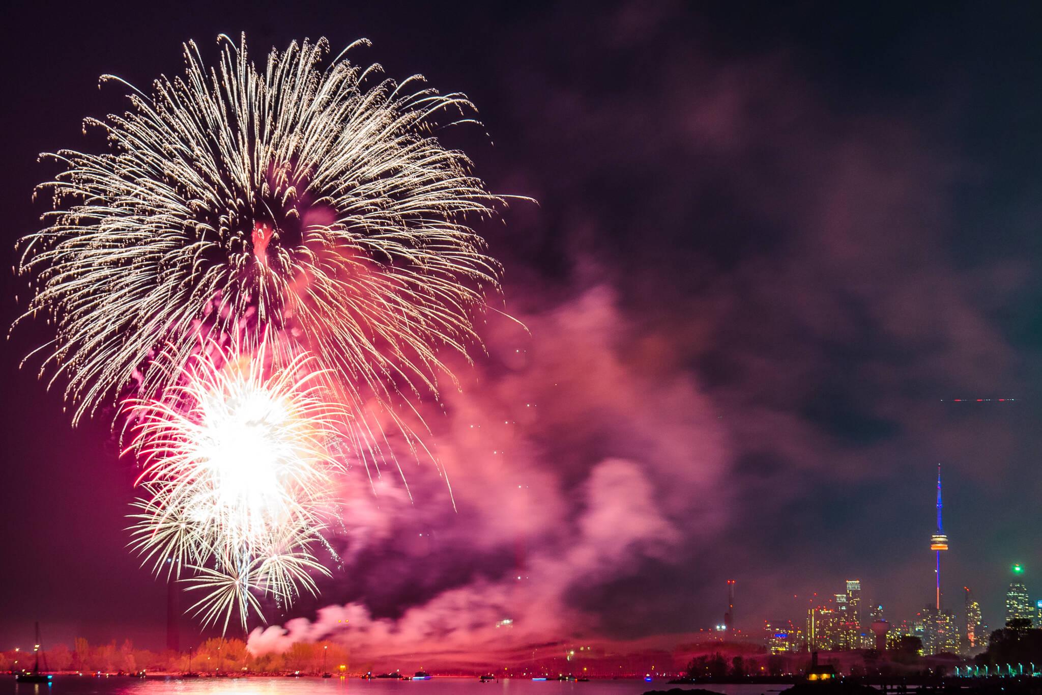 Victoria Day Fireworks Toronto 2017