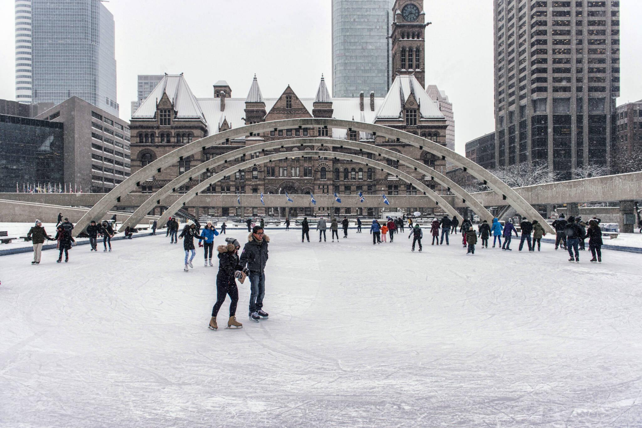 Roller skating rink etobicoke - Outdoor Skating Rinks Toronto