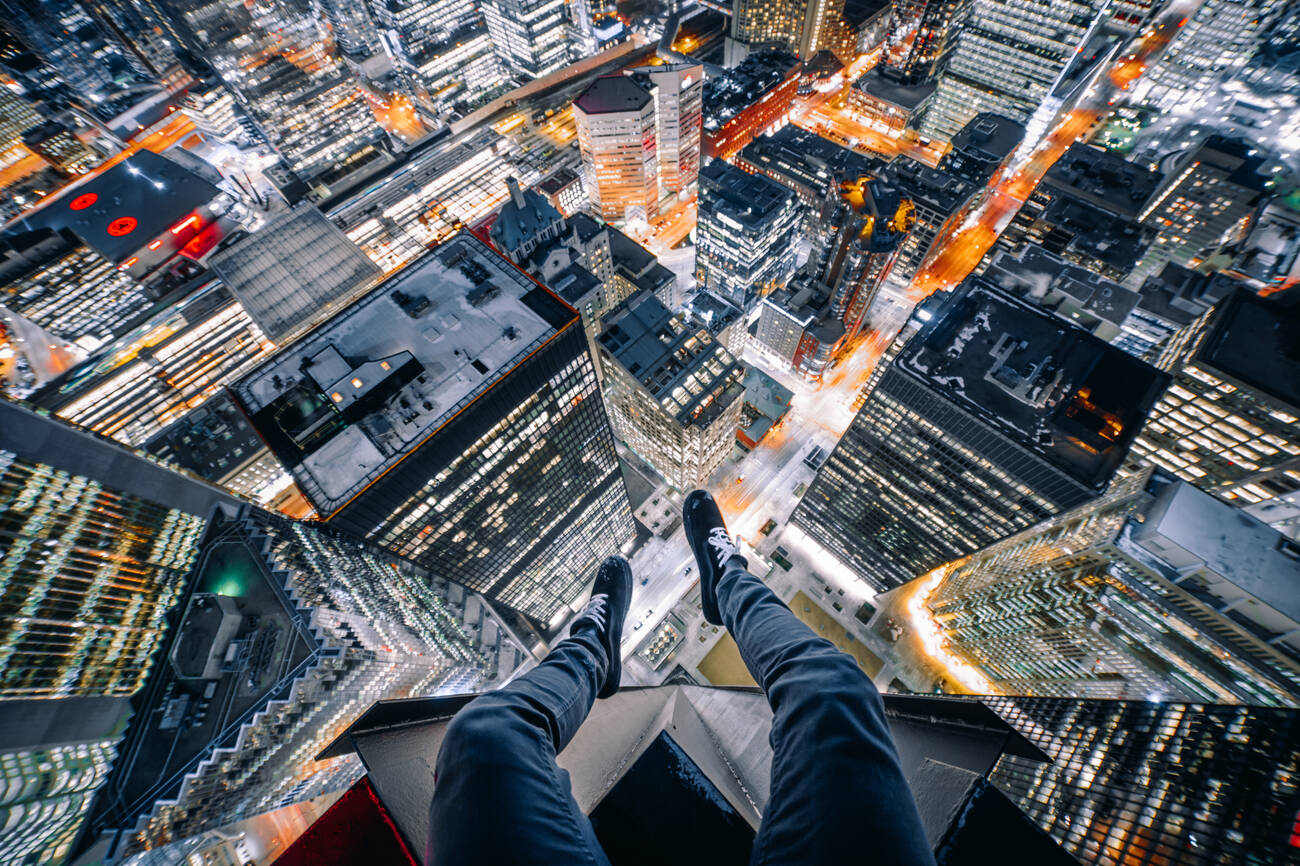 Instagram Daredevil Takes Photos Of Toronto From Up High