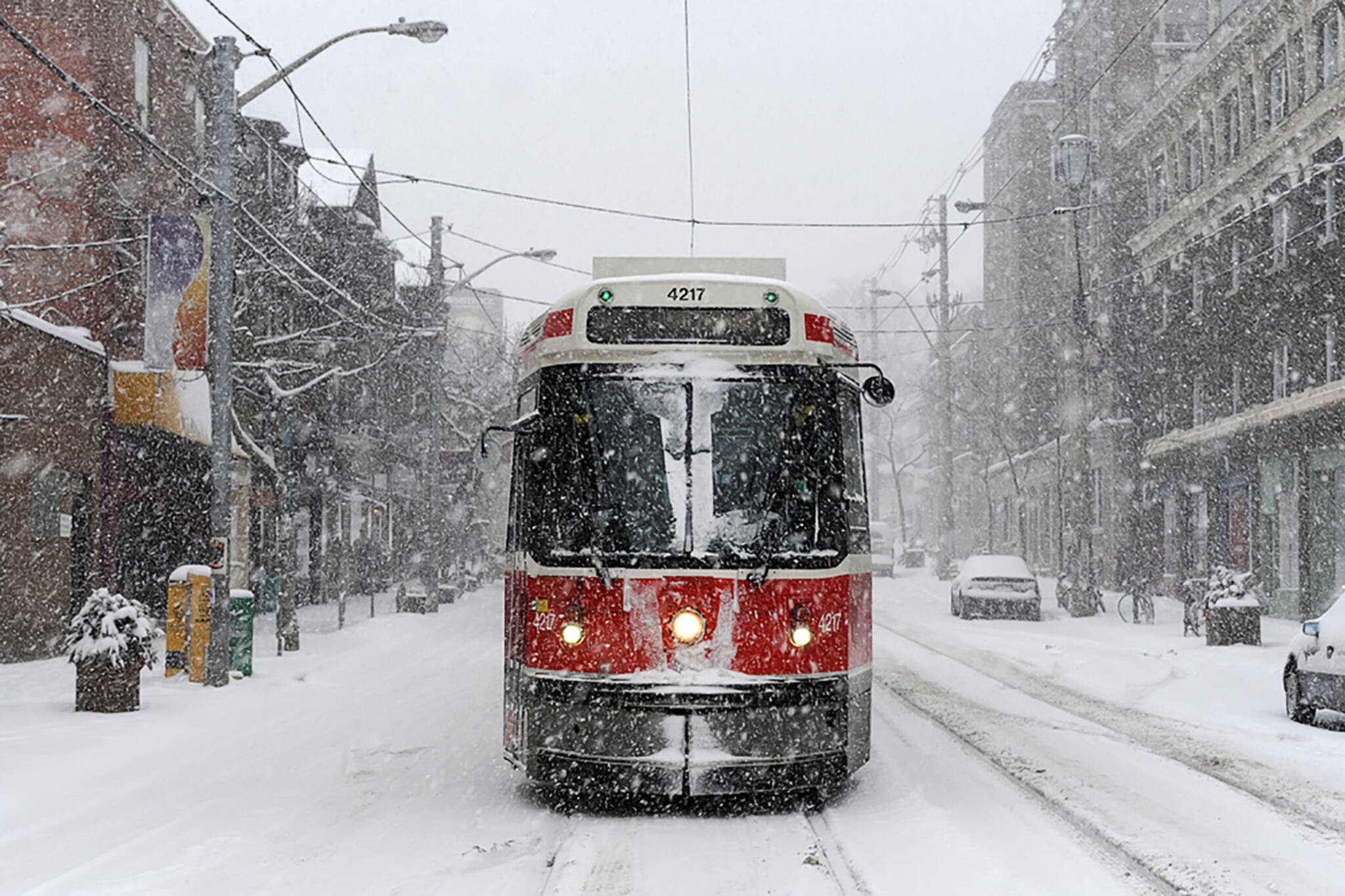 There 39 s another 10cm of snow in store for toronto today for Warm getaways in march