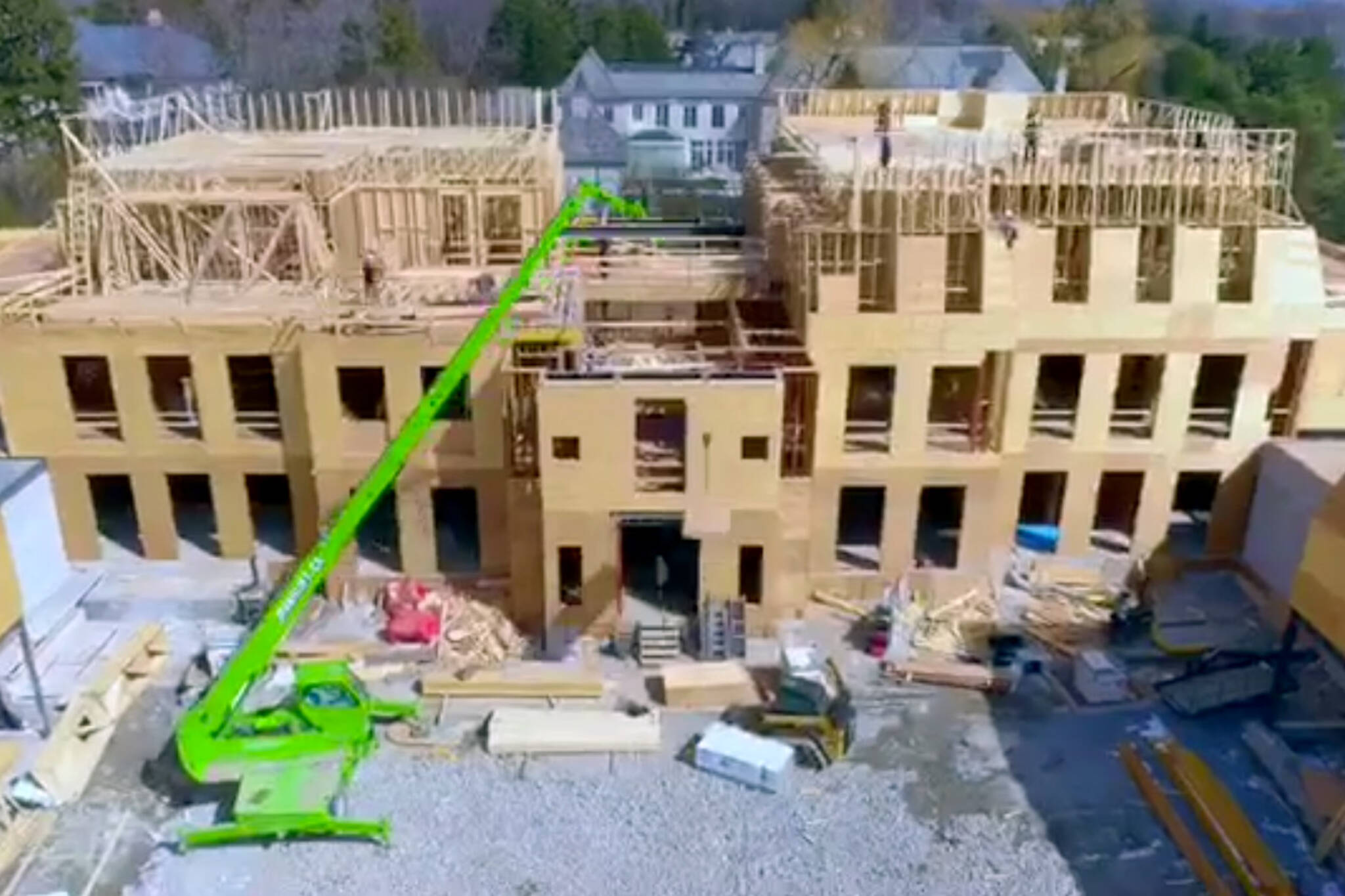 Watch video of drake 39 s new toronto mansion being built for New house