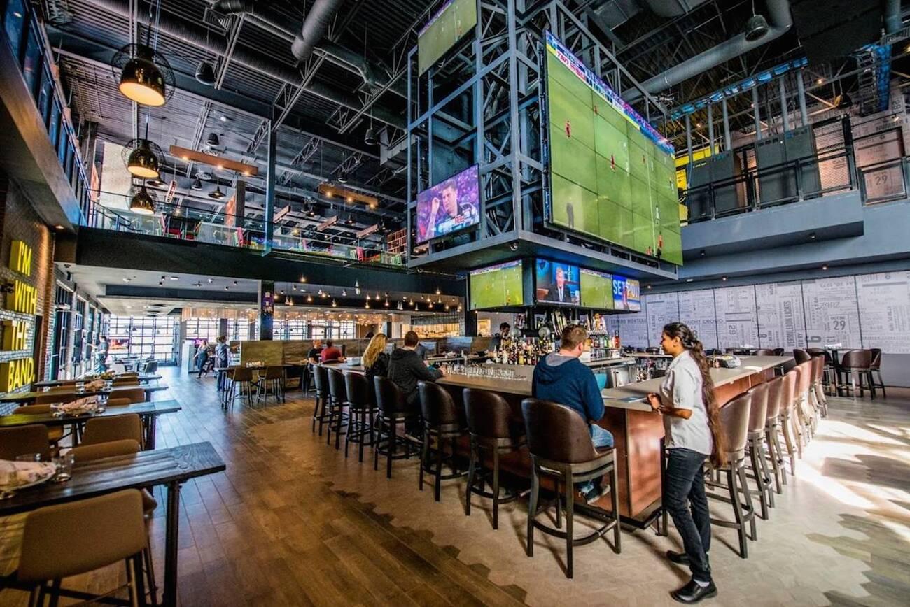 Edmonton Restaurants Gateway