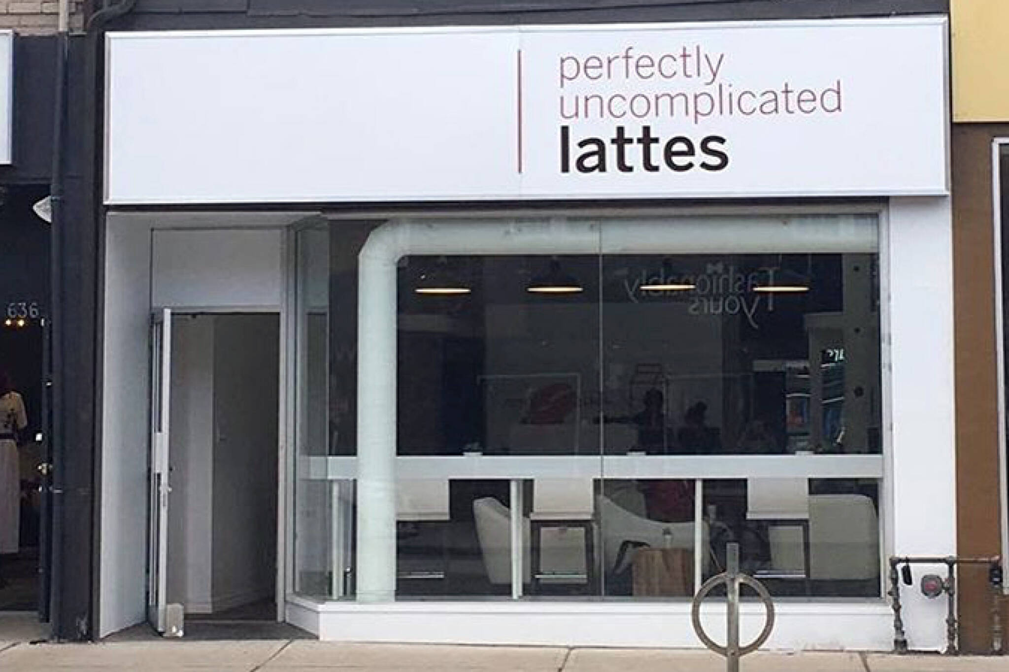 perfectly uncomplicated lattes