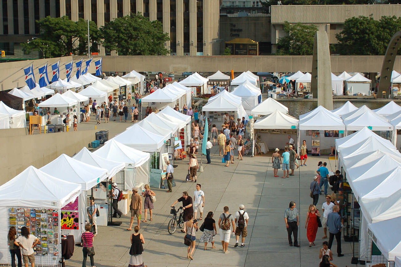 The top 12 outdoor art fairs in toronto for 2017 for Craft fairs and festivals