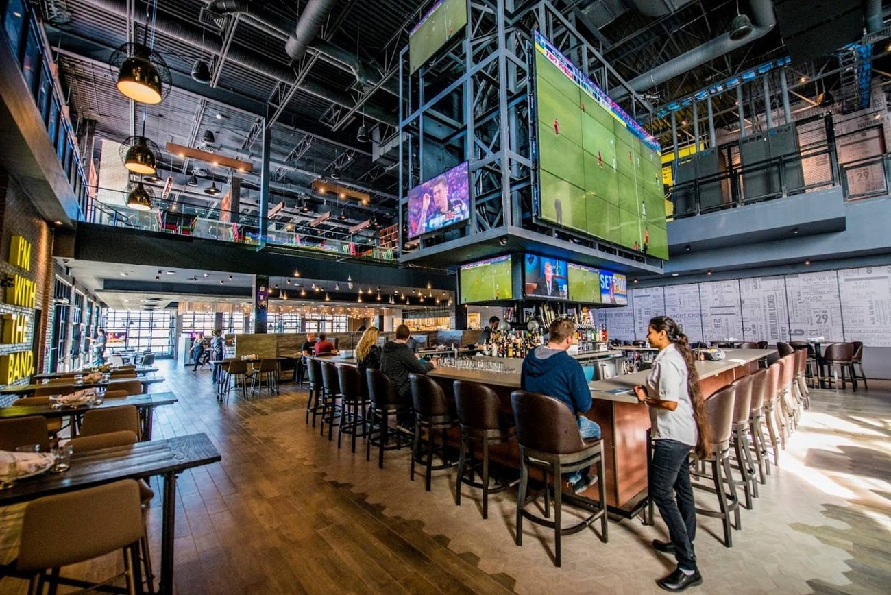 Mississauga Getting Cineplex S Next Gaming And Sports Bar
