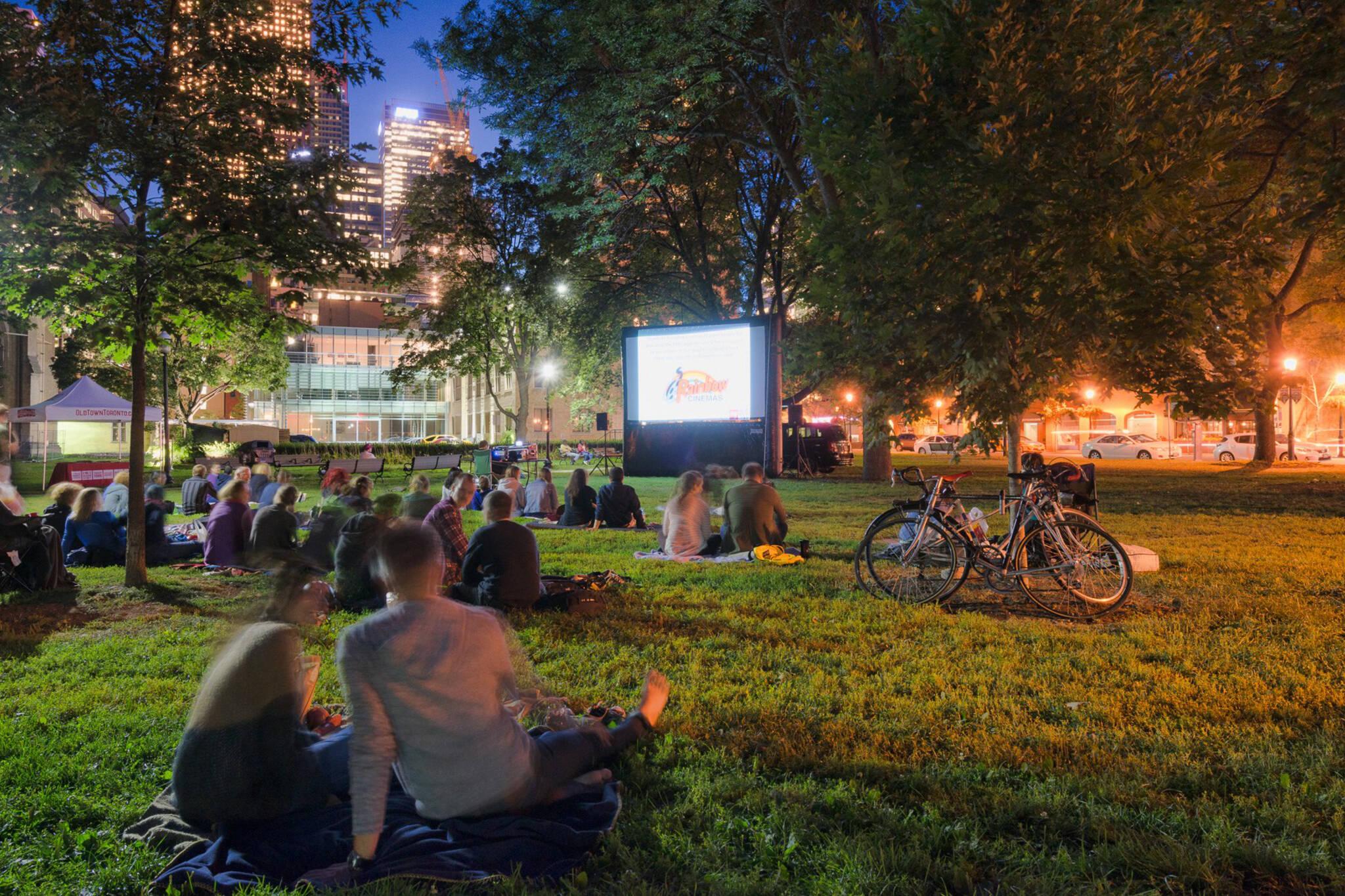 outdoor film screenings toronto