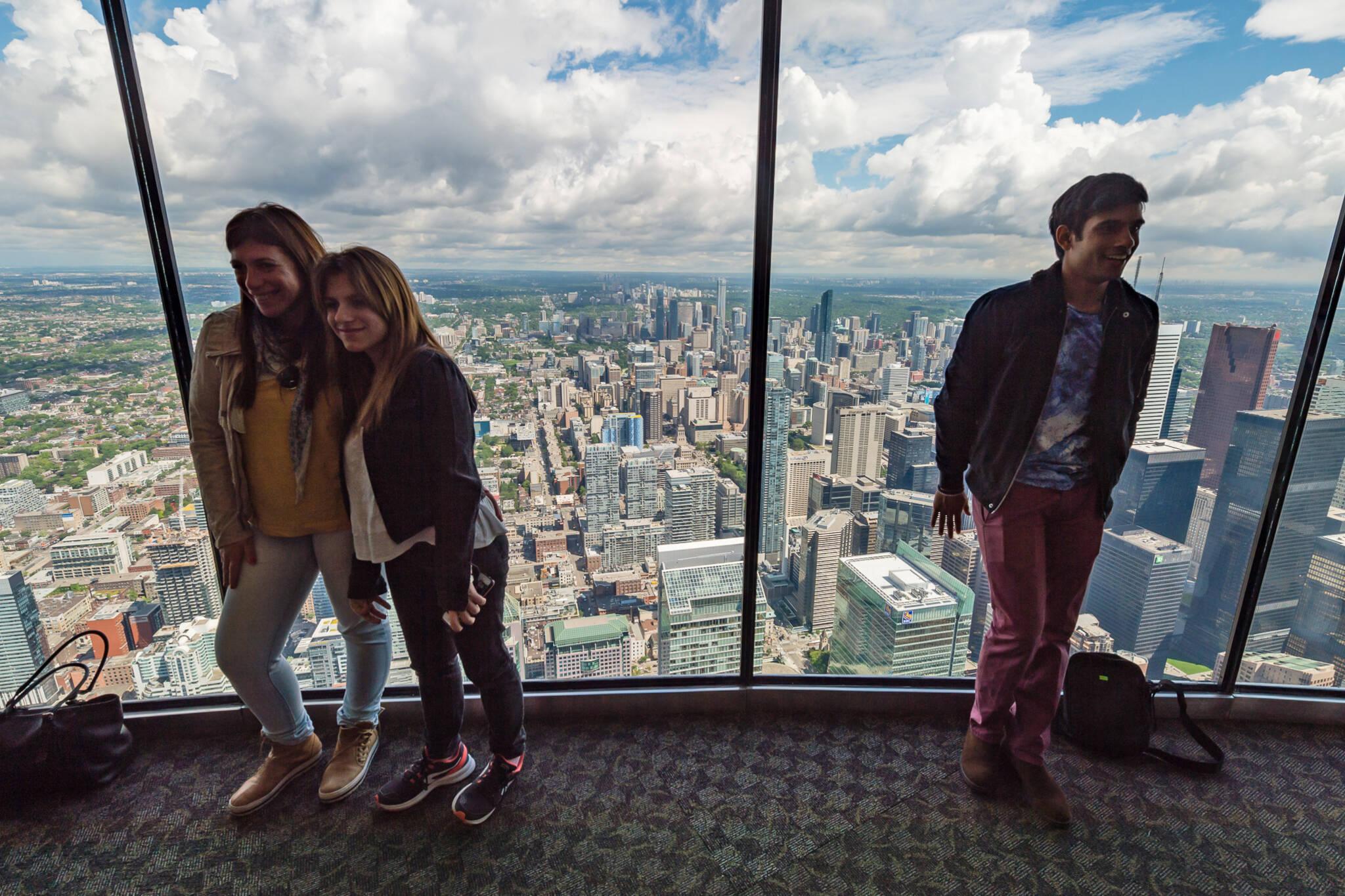 cn tower observation deck
