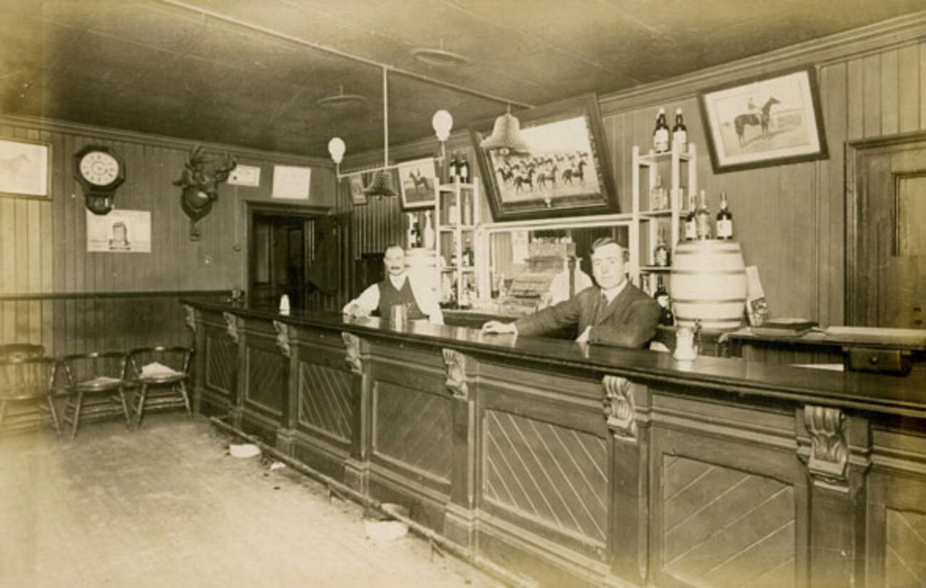 What Bars Used To Look Like In Toronto