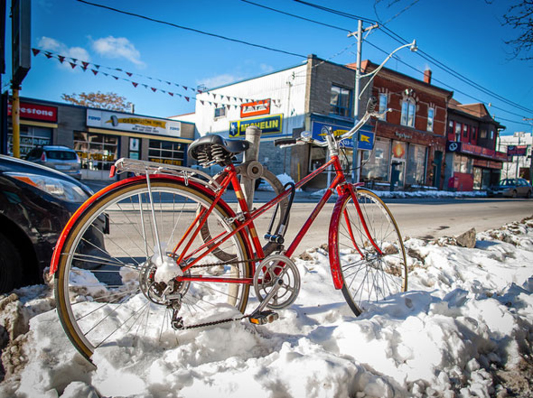 toronto red bike