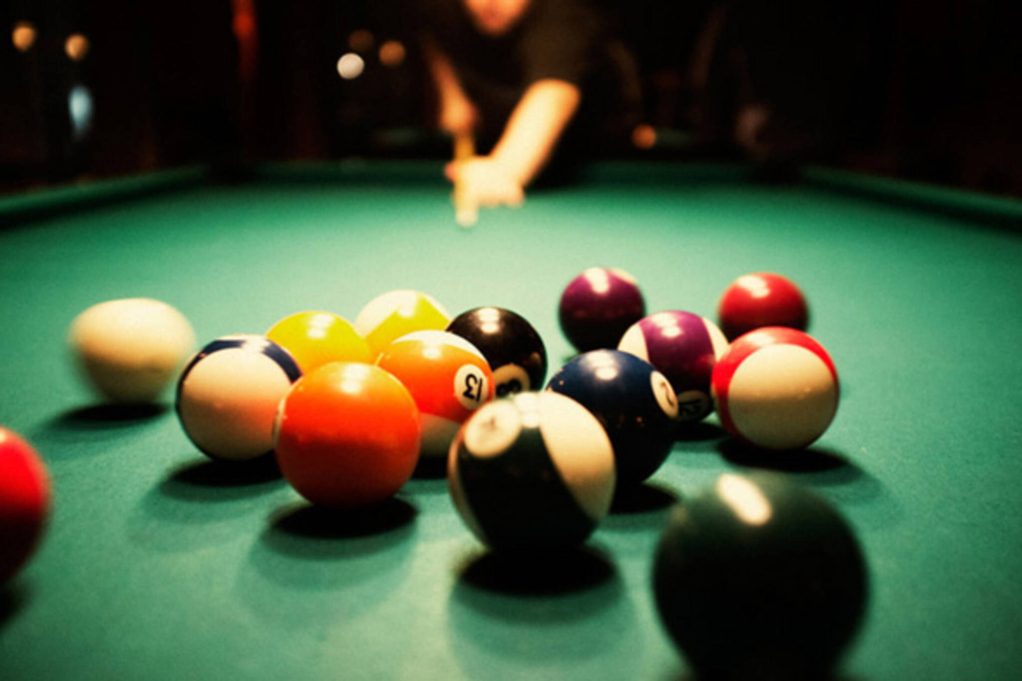 The best places to play billiards in toronto for Pool game show