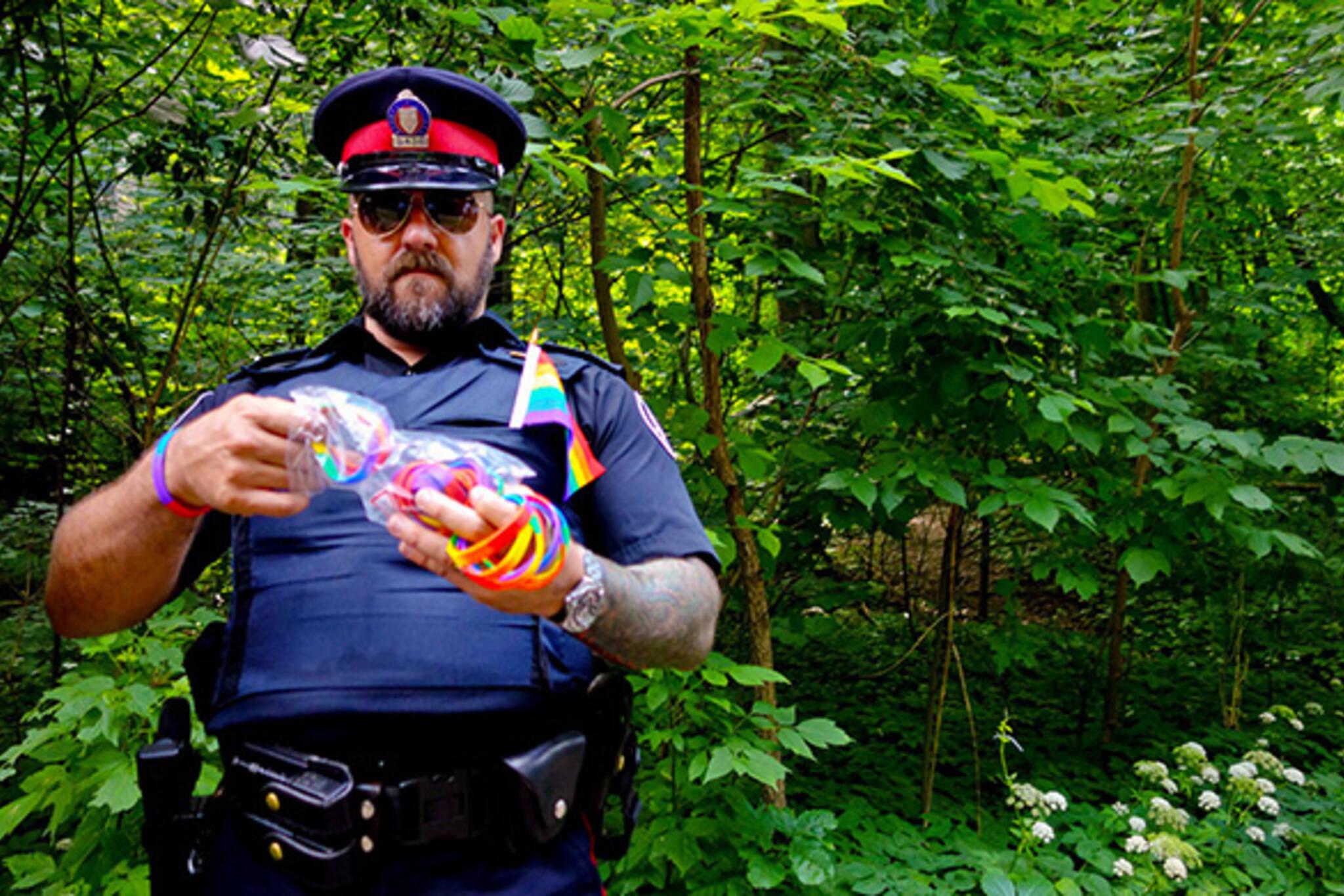 Pride cop toronto