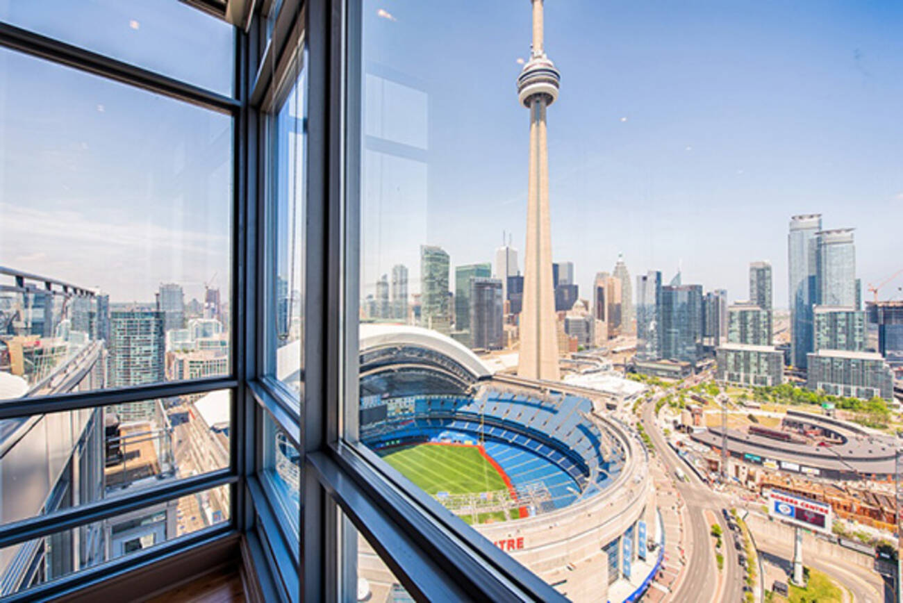 Condo of the week 5 mariner terrace for 5 mariner terrace toronto