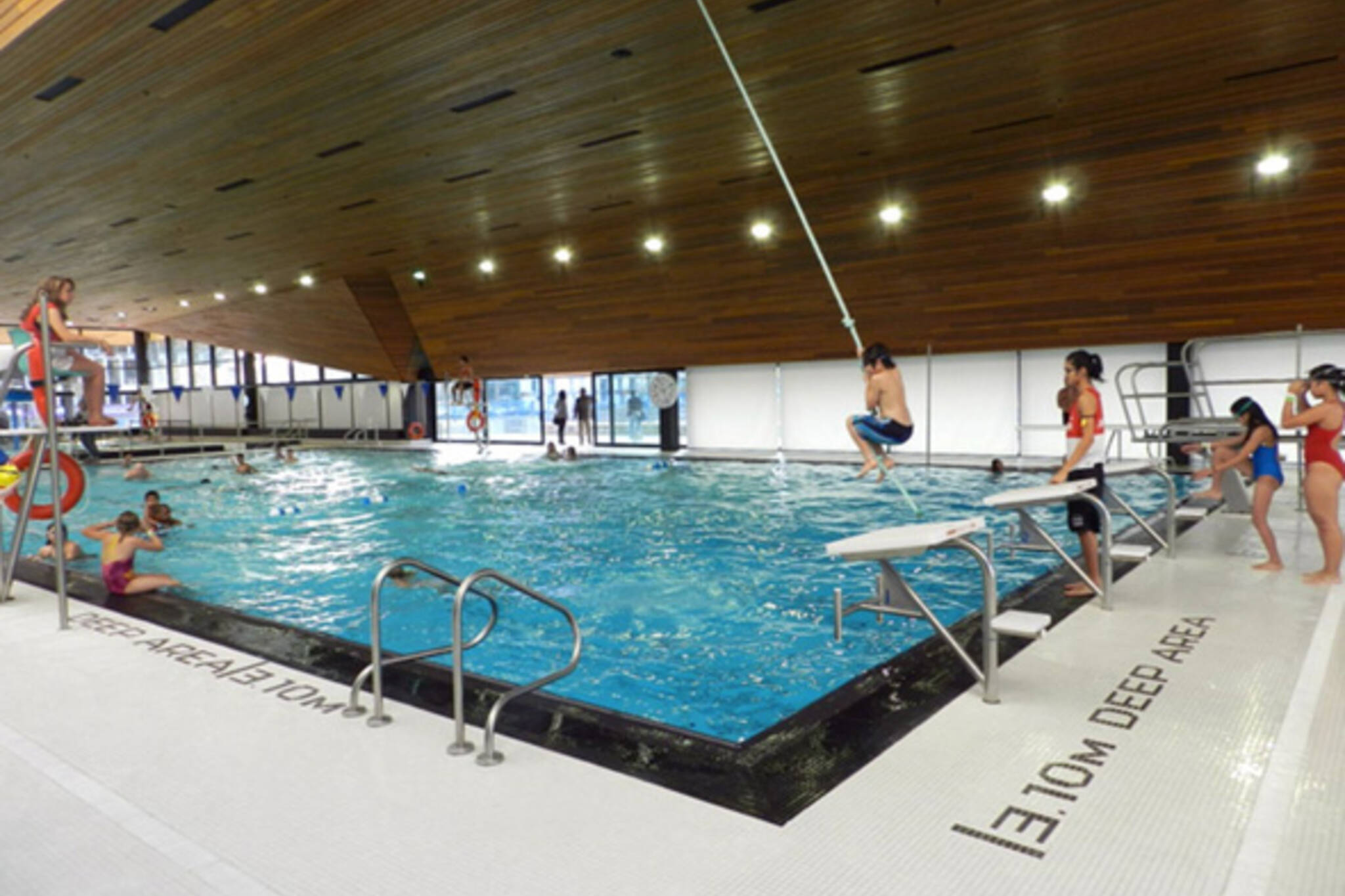 Swimming lessons in toronto for Rogers high school swimming pool