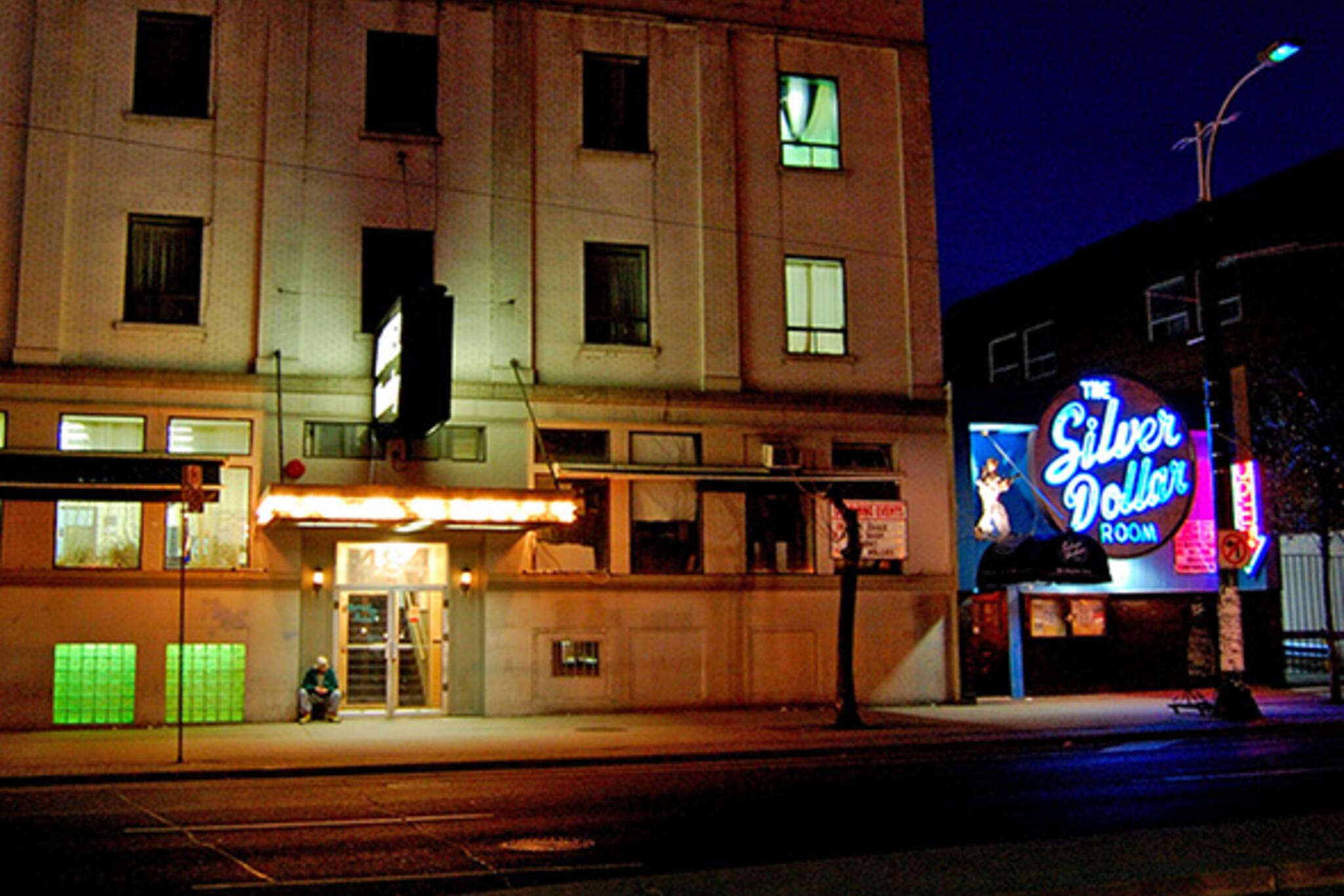 Silver Dollar Hotel Waverly