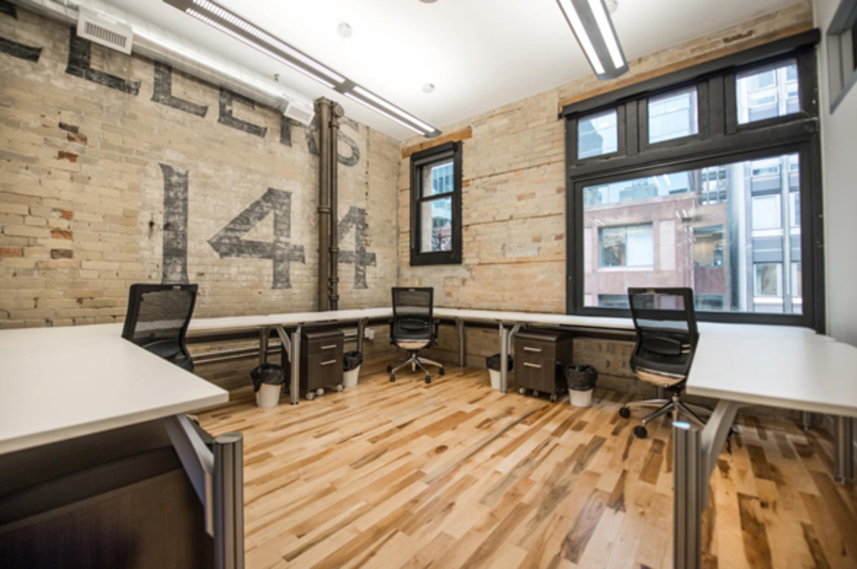 Shared office space toronto
