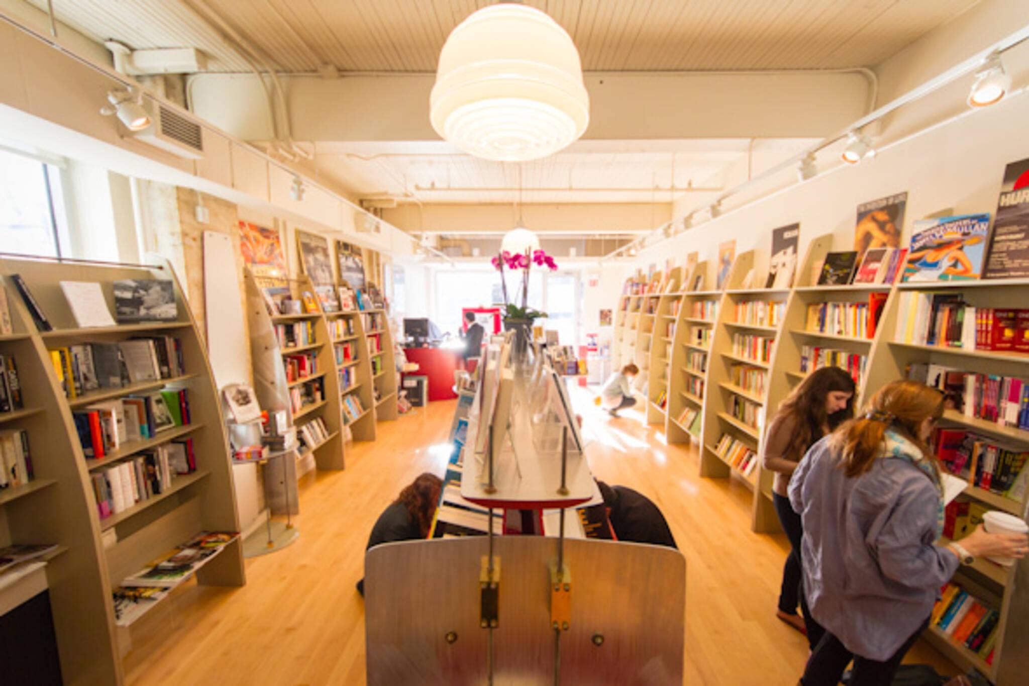 best bookstores toronto
