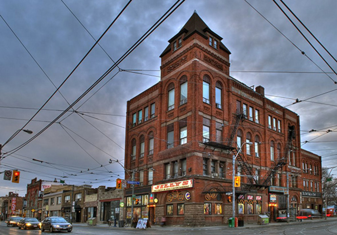 Broadview Hotel