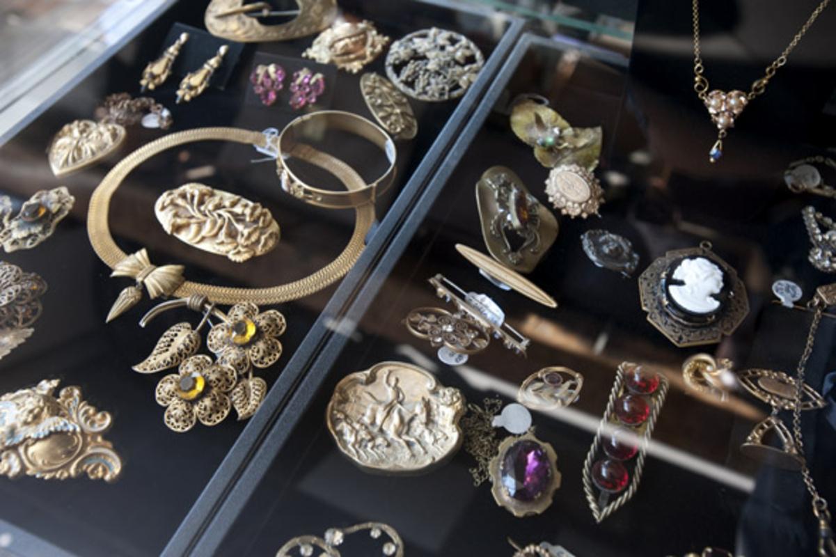 vintage jewelry Toronto
