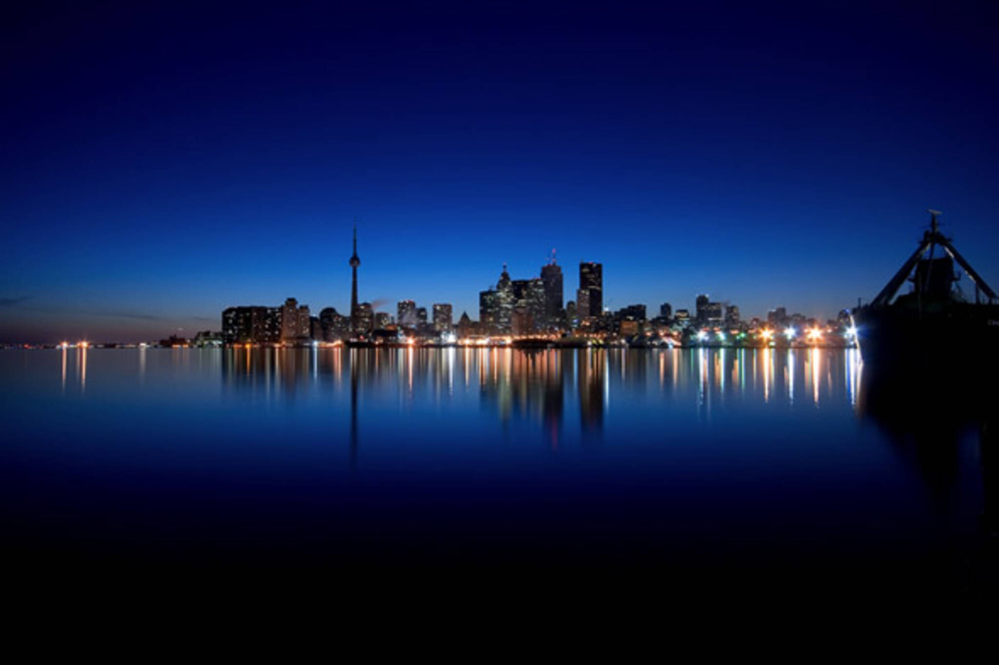 Earth Hour Toronto 2014