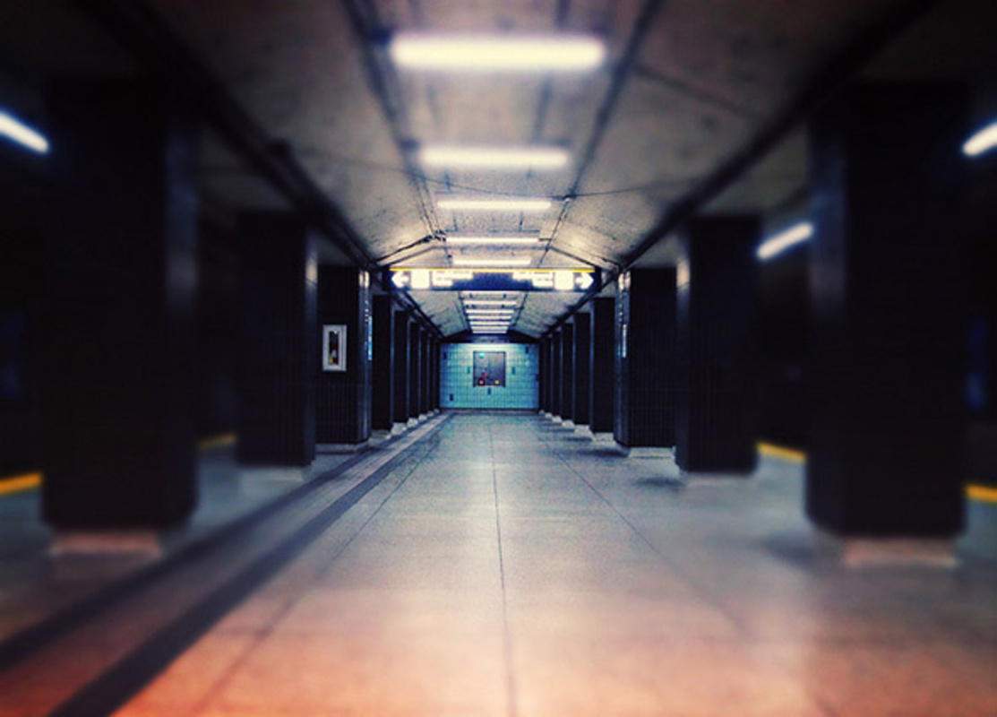andrew, subway, station