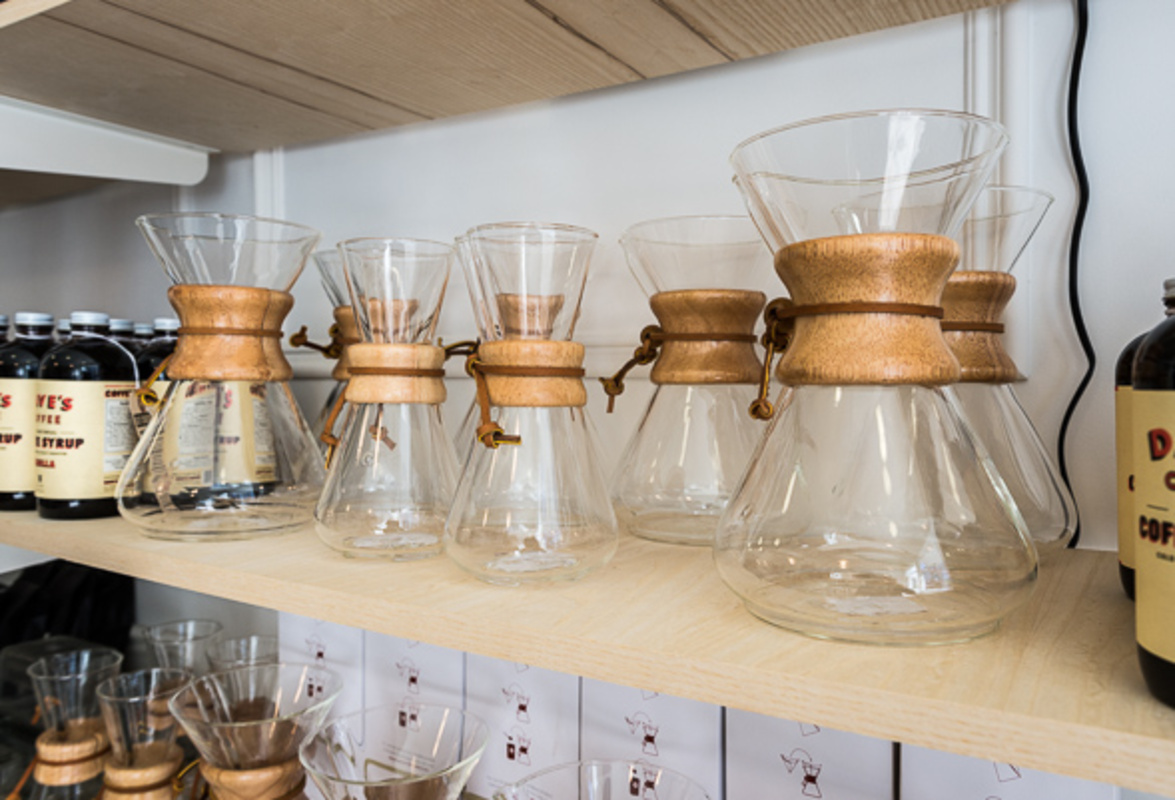 10 shops to stock your kitchen cabinets in toronto