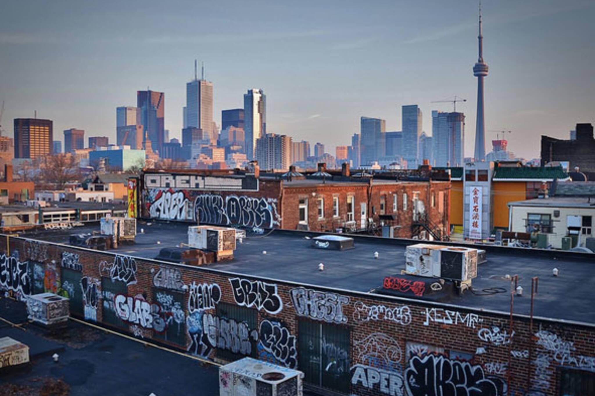 toronto skyline graffiti