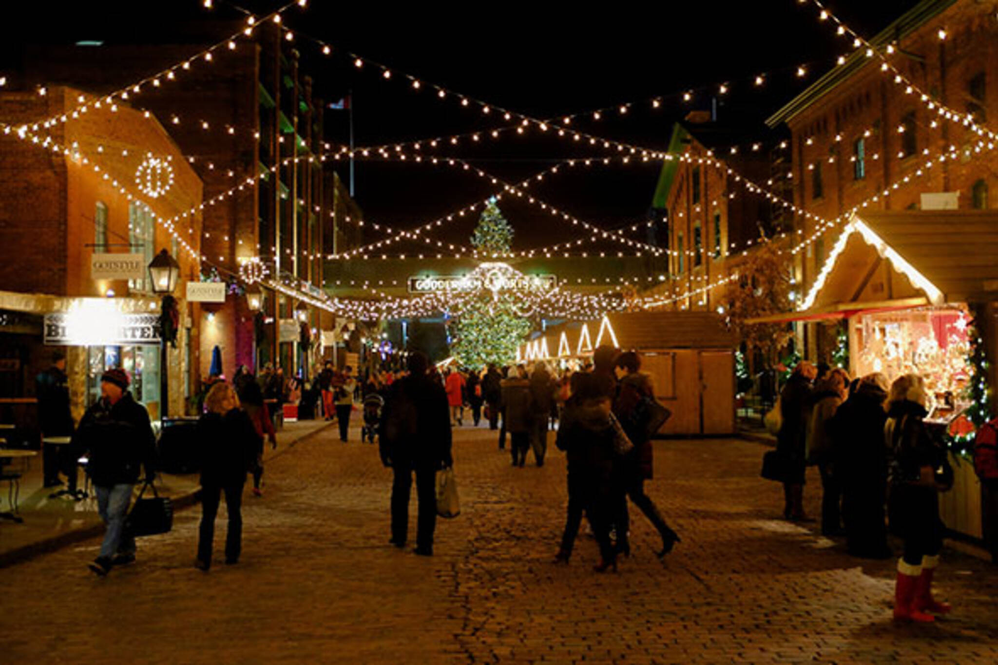 christmas market toronto