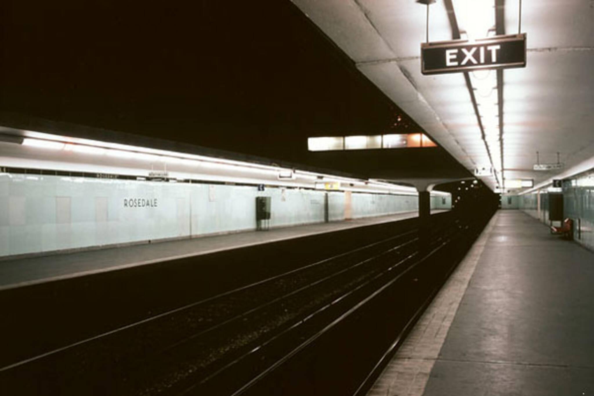 toronto subway tile