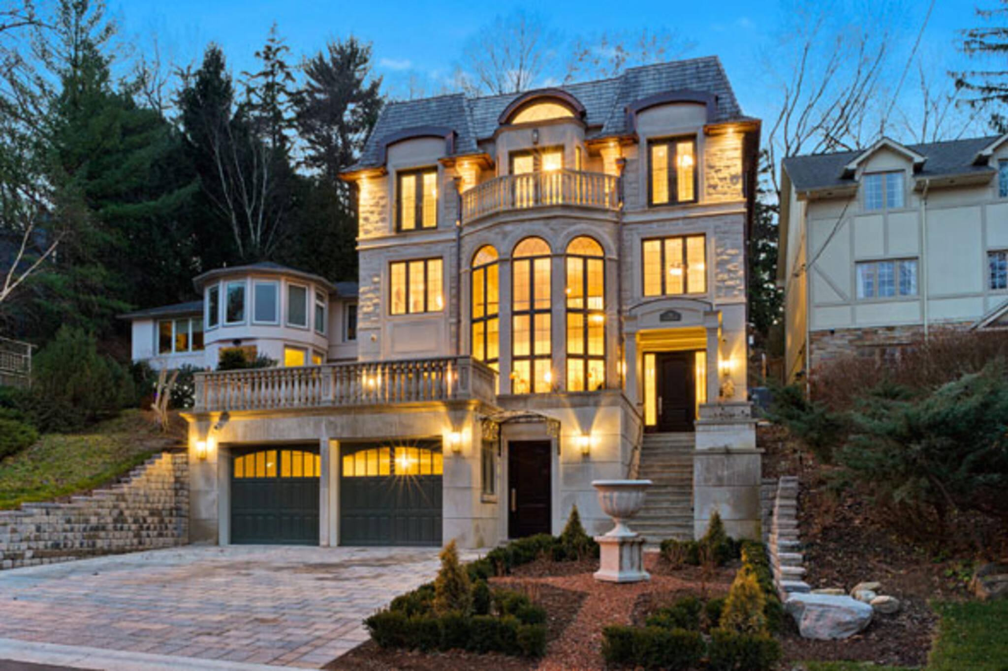 16 donino avenue house