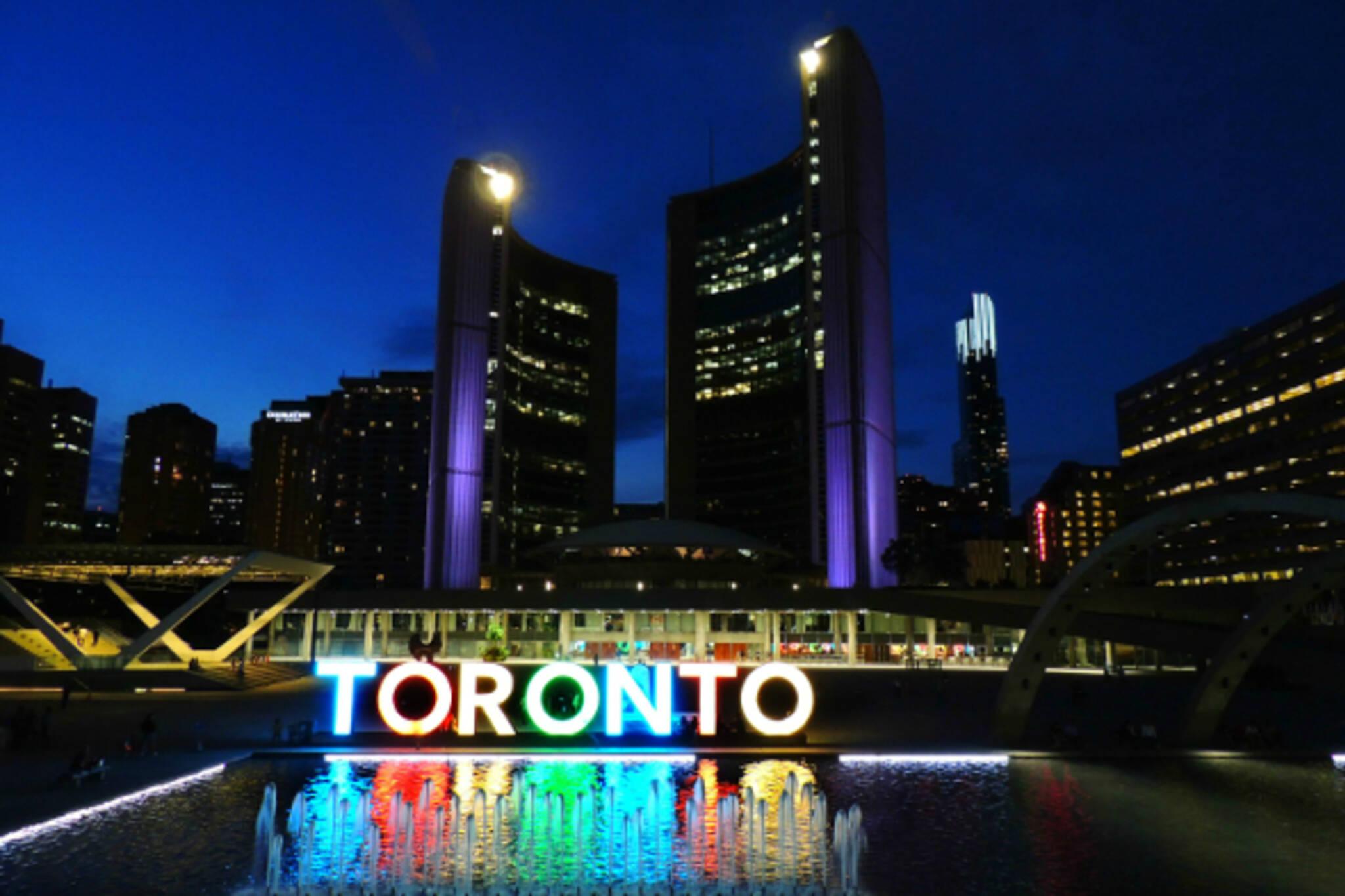 Restaurants Around Canada Square Toronto