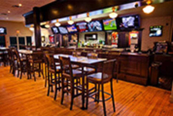 Rally Sports Bar & Smokehouse