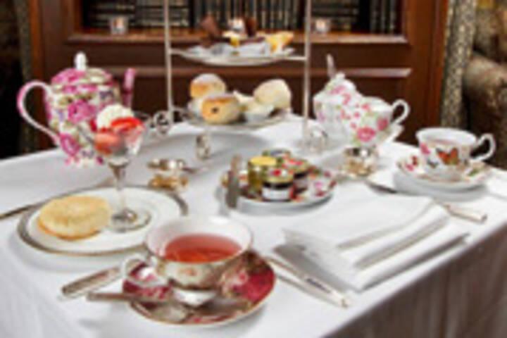 Fairmont Royal York Room Service Menu