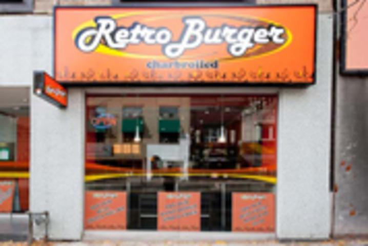 Retro Burger (Eglinton East)