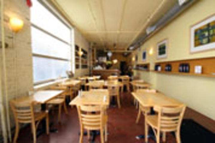 Jules Bistro & Cafe