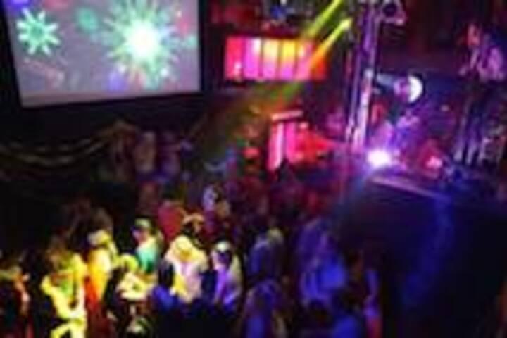 a Bar Night in Toronto' s Gay Village