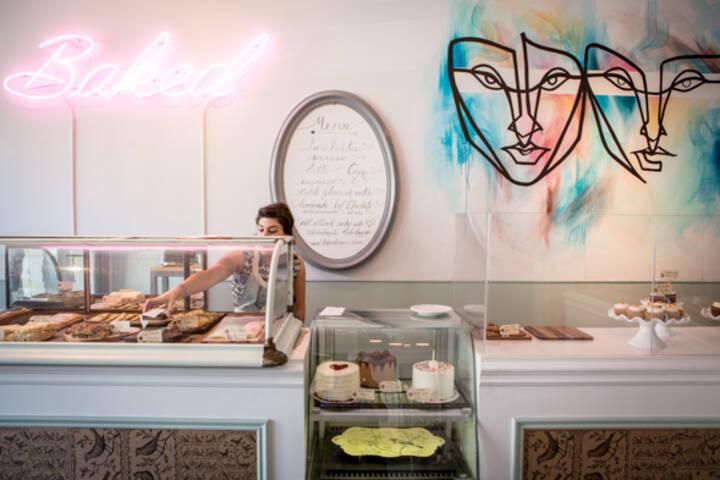 Custom Cake Shops Toronto