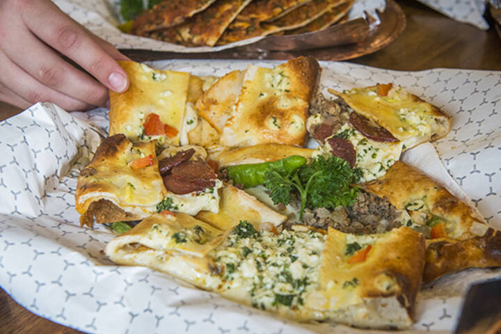 The best middle eastern restaurants in toronto for Ali baba s middle eastern cuisine