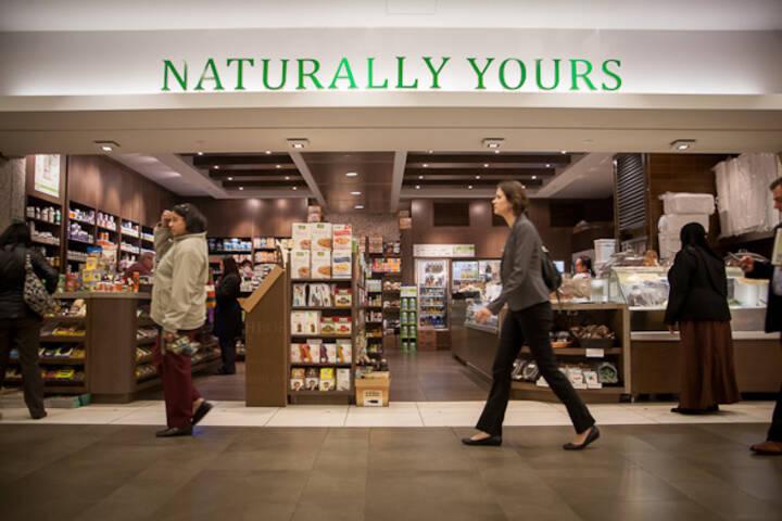 Qi Natural Foods Queen