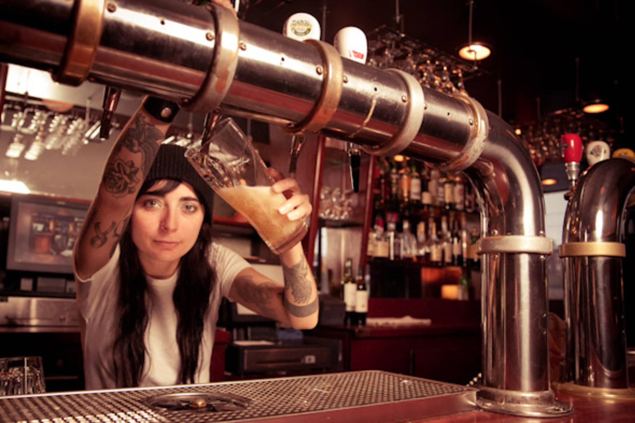 sandy de almeida bartender gladstone