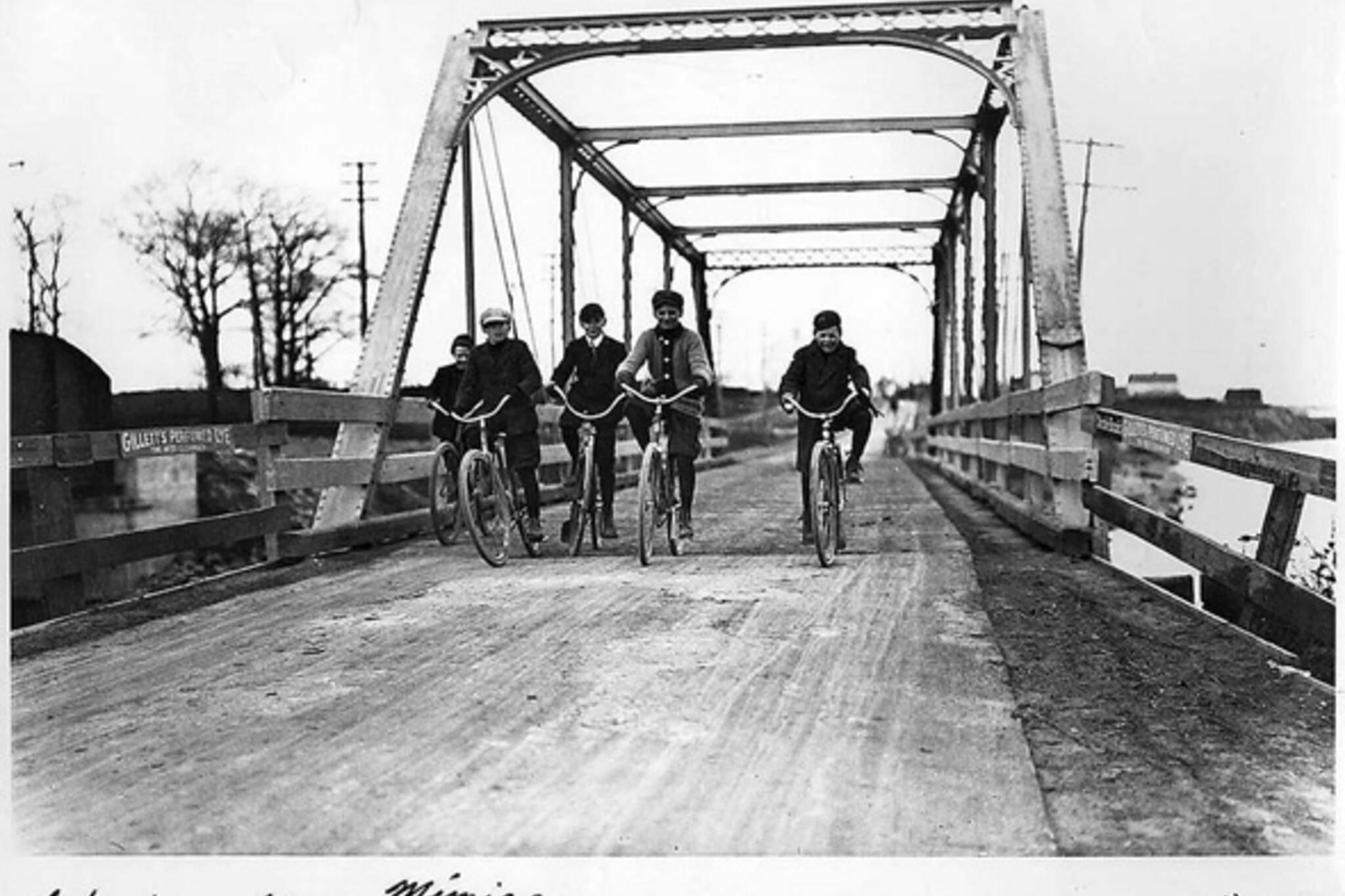 History Cycling Toronto