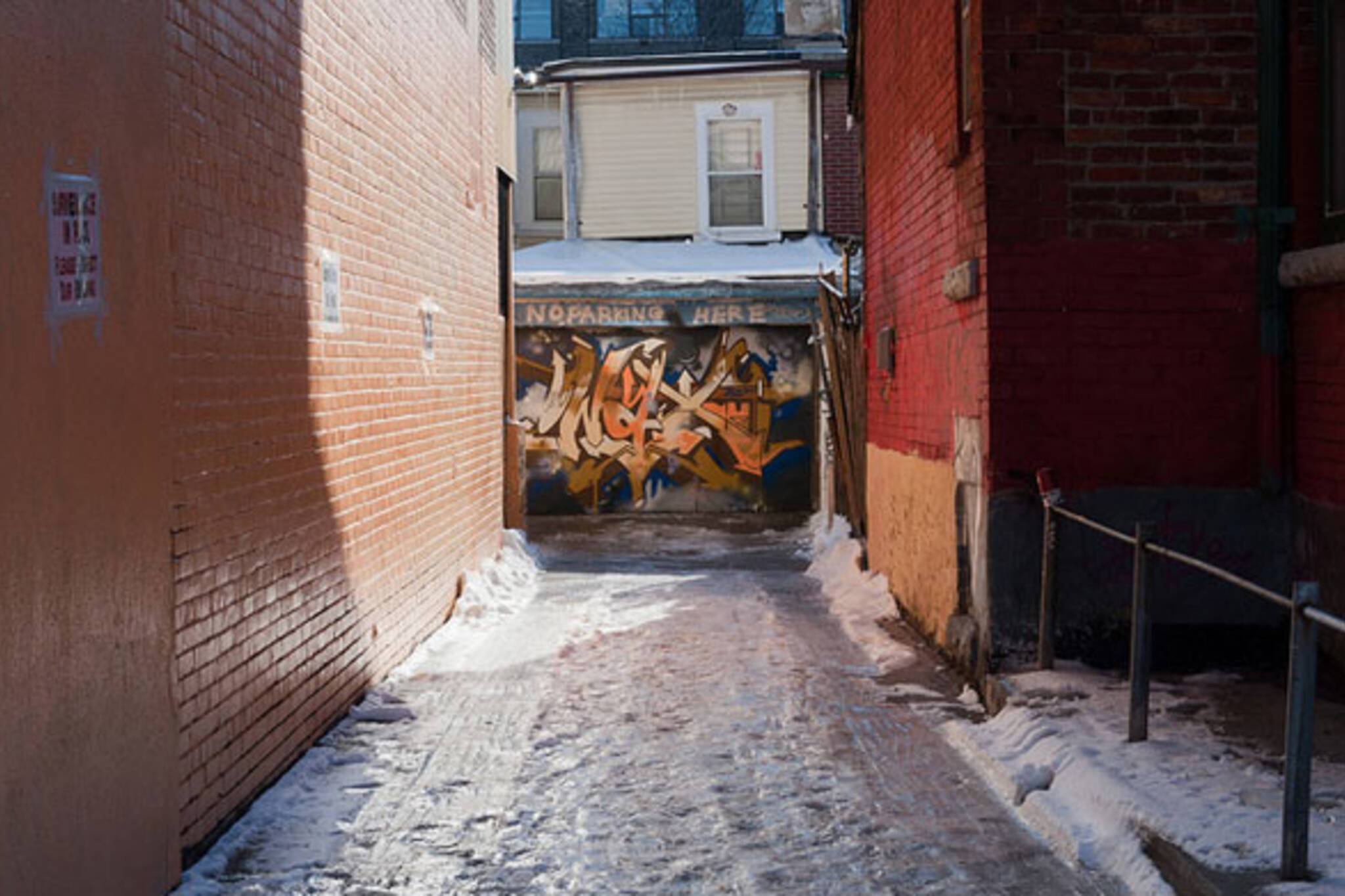 toronto icy alley