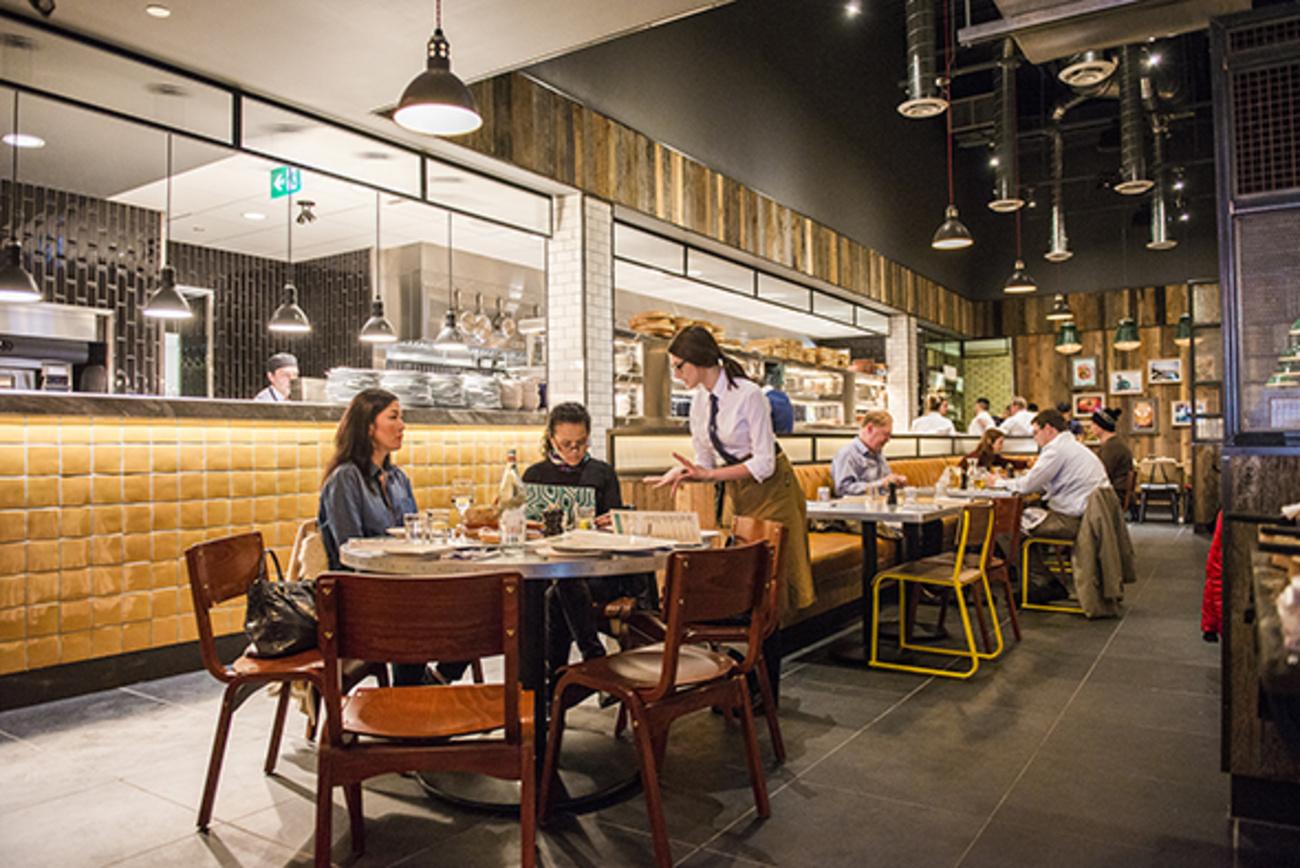 the top 10 mall restaurants in toronto